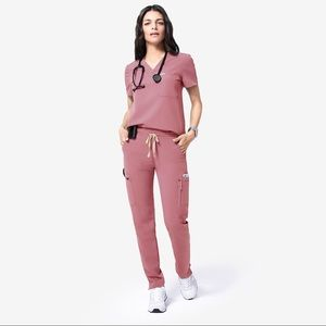 Mauve Figs Scrubs Set XS